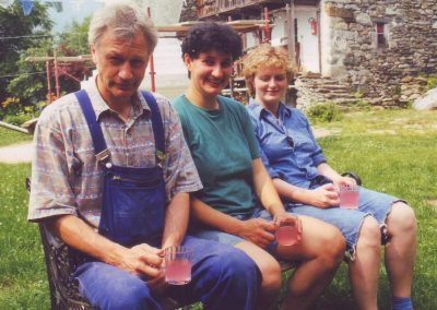 Dharmahausbau 1998 Bernd, Monika, Steffi
